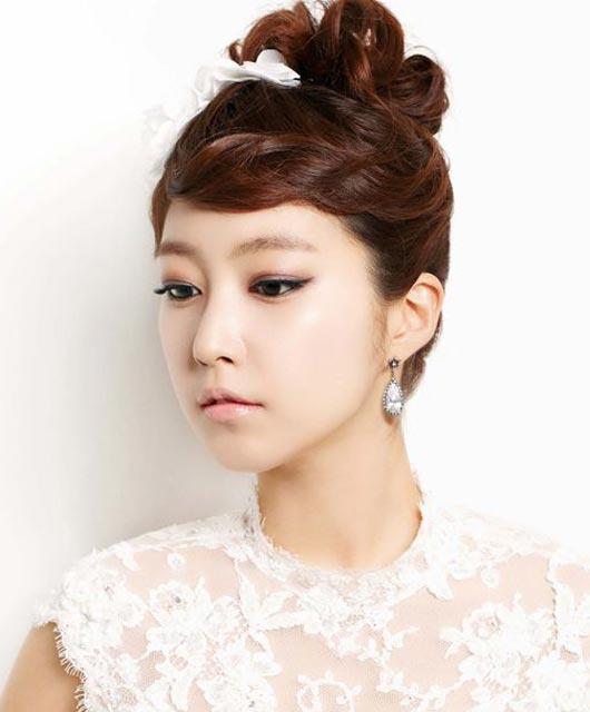Korean High Bun Braided Bun Hairstyle