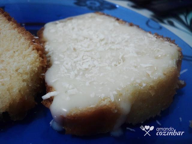 bolo leite condensado + coco ralado