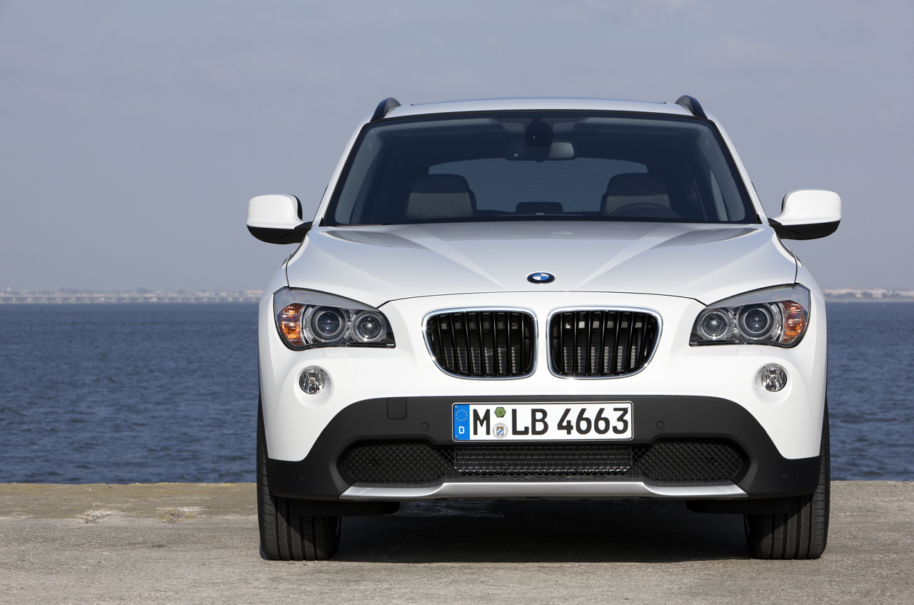 wallpaper bmw x1 wallpaper. Black Bedroom Furniture Sets. Home Design Ideas