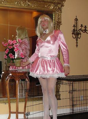 daily sissy photo daily sissy photo 04 01 2011 05 01 2011