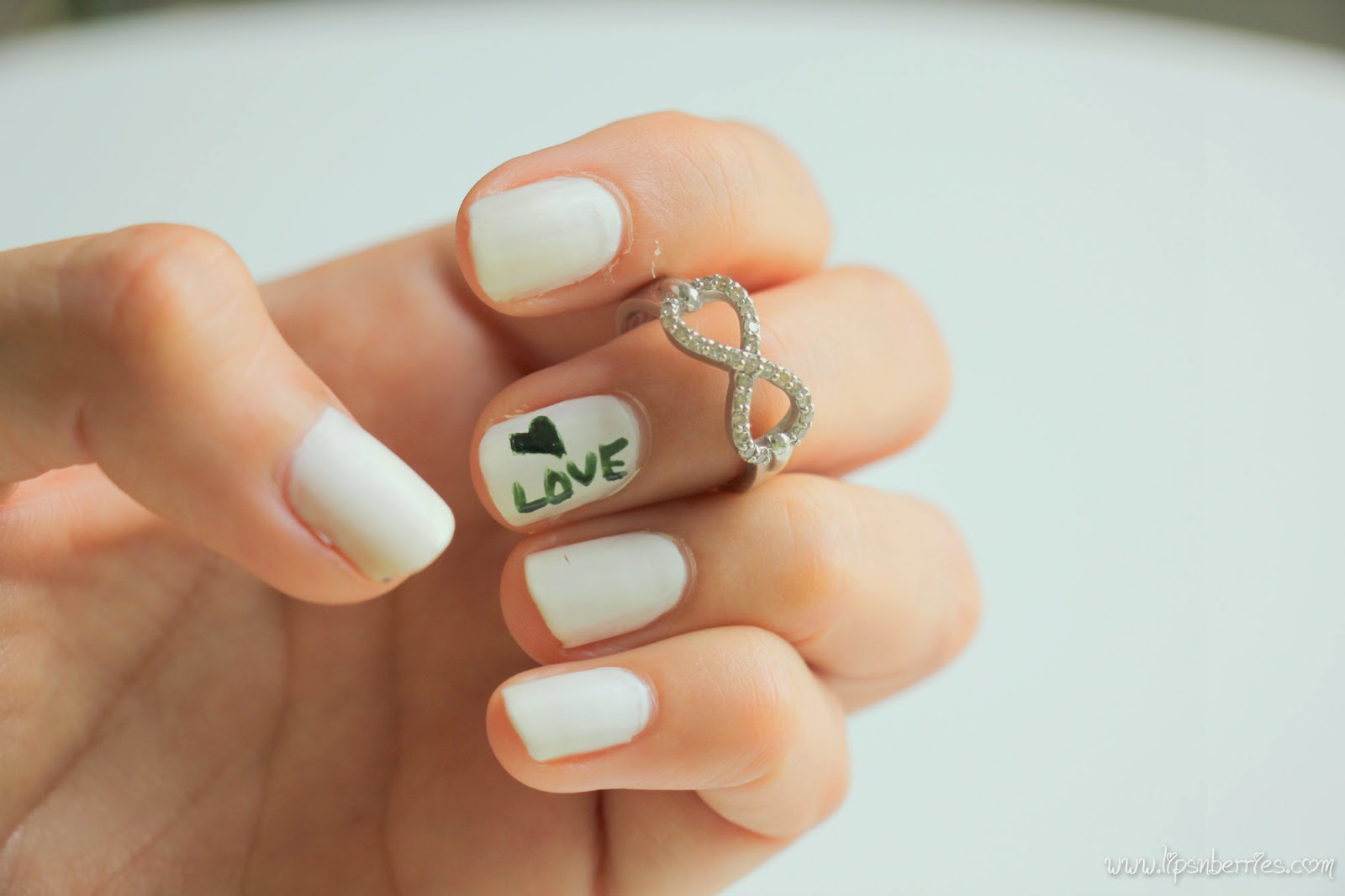 Lips n Berries!: Matte White Nails! OPI Matte Top Coat+ ...