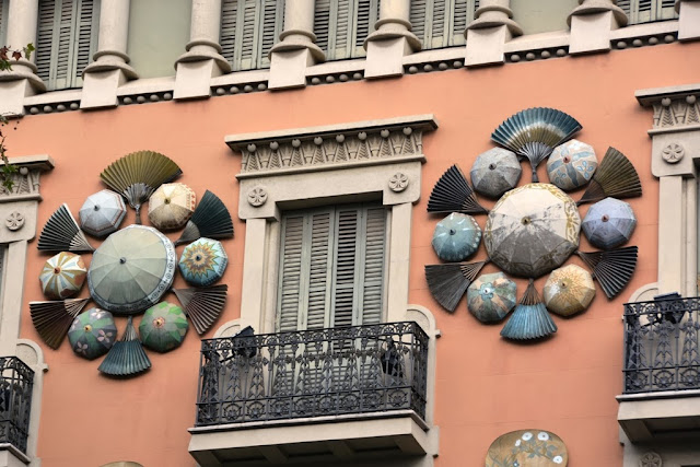 La Rambla Barcelona Asian Decorations