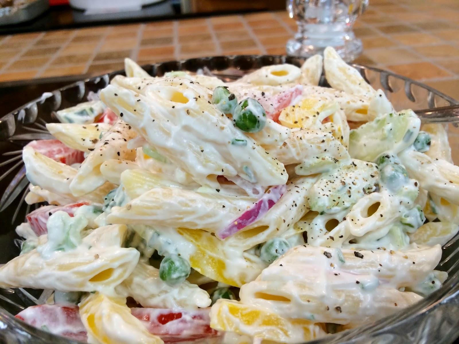 Old Farmhouse Cooking: Creamy Garden Pasta Salad