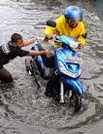 Yang Harus Diperiksa Pada Kendaraan Setelah Banjir Surut
