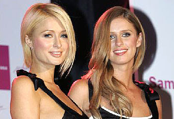 Paris+and+Nicky+Hilton