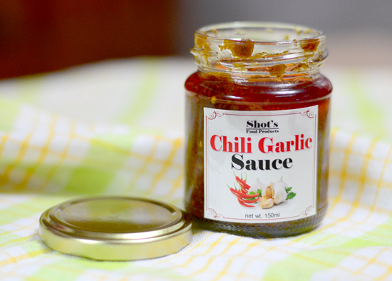 DAVAO FOOD: SHOT'S CHILI GARLIC SAUCE REVIEW