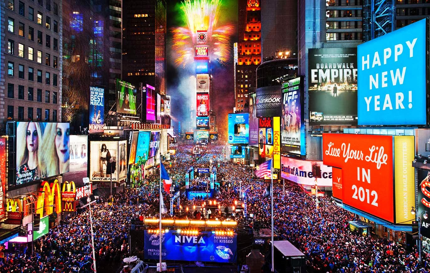 World Visits: Christmas Times Square In New York City