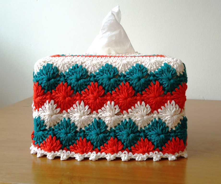 Crochet Wheel Stitch Square - Catherine's Wheel