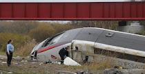 Francia: 10 muertos al descarrilar un tren de AV en pruebas. La policía descarta un atentado