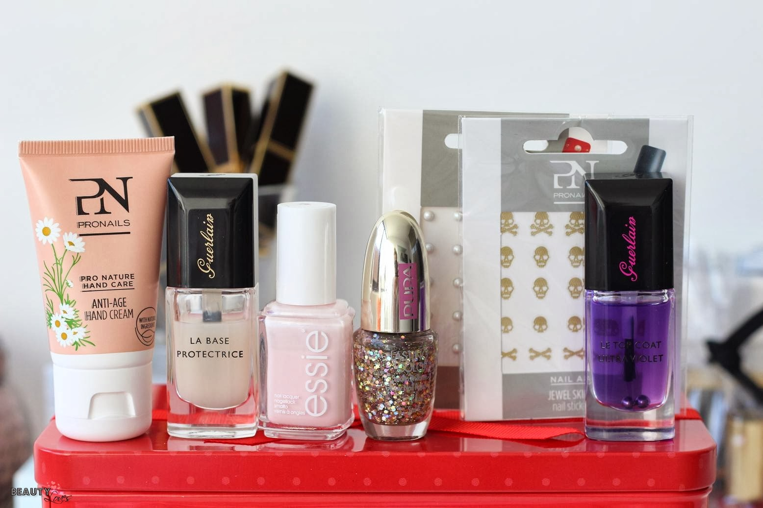 Beautyloves shine bright christmas nails - Een doorslag ...