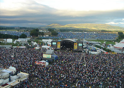 Rock 1on1 - T in the Park.png