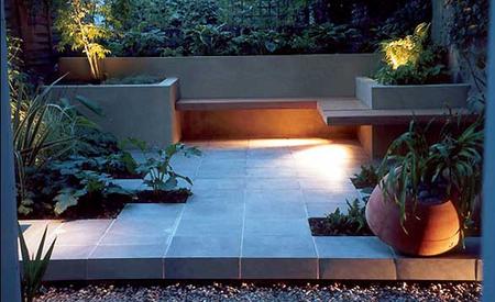 Arte y jardiner a el jard n minimalista urbano ejemplo for Fuentes de jardin modernas