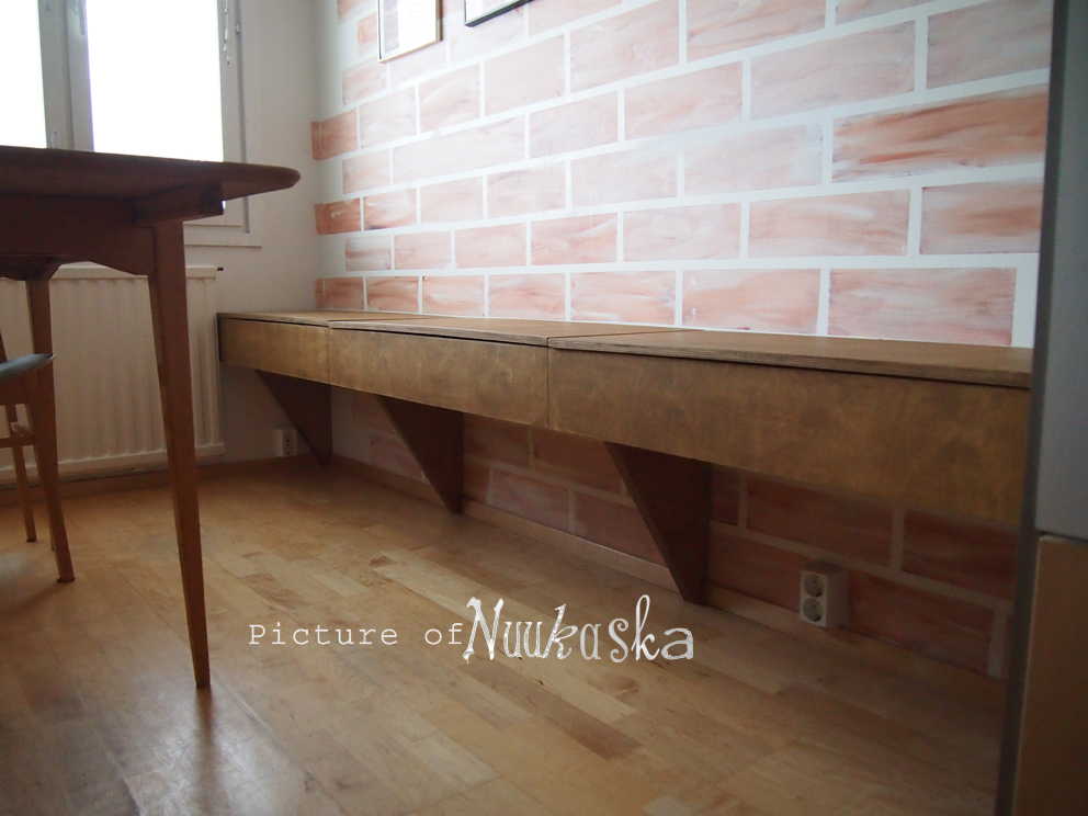 Nuukaska Vaneri penkki keittiöön  Plywood bench to kitchen