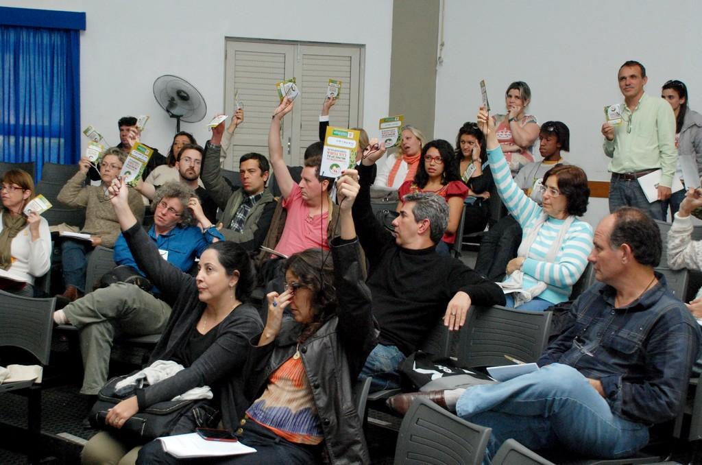 Durante a plenária, participantes apresentaram e aprovaram propostas, que serão levadas à 3ª Conferência Estadual de Cultura