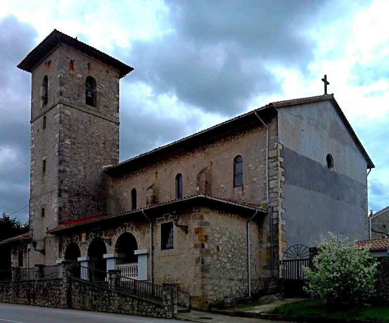 Iglesia de San Juan Bautista en Pontejos