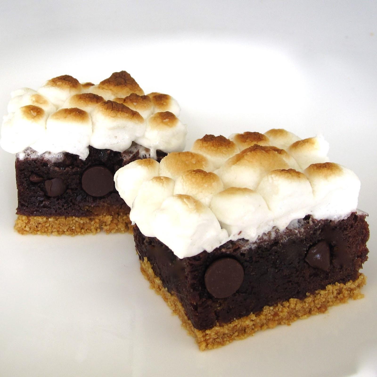 S'mores Brownies - Lindsay Ann Bakes
