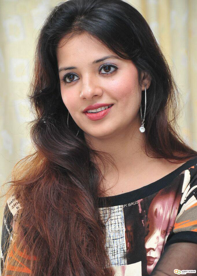 Saloni Aswani - Wallpaper Actress
