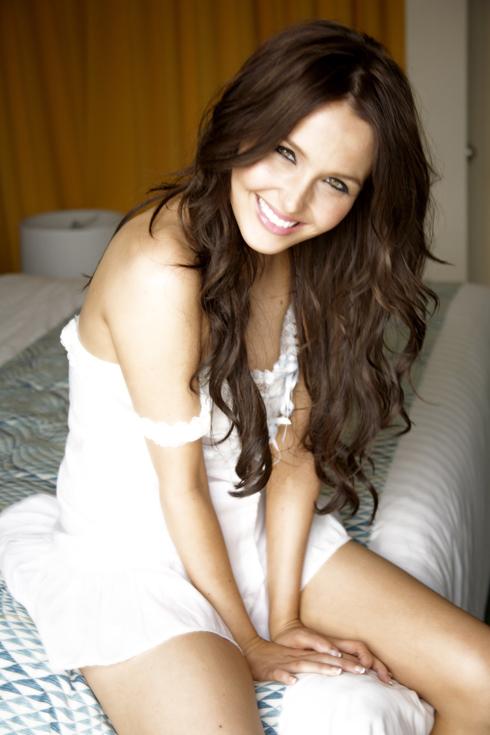 English actress camilla luddington nude californication 2012 10