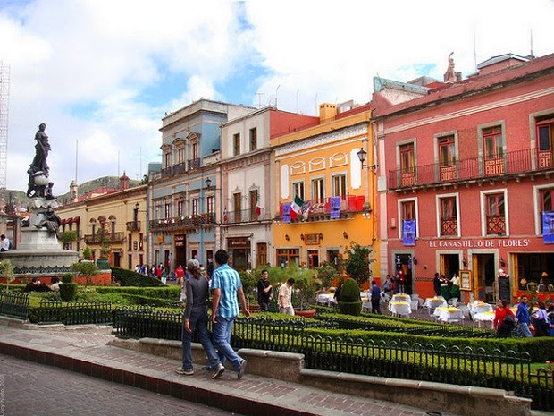 World's 10 most colorful cities - Guanajuato, Mexico picture