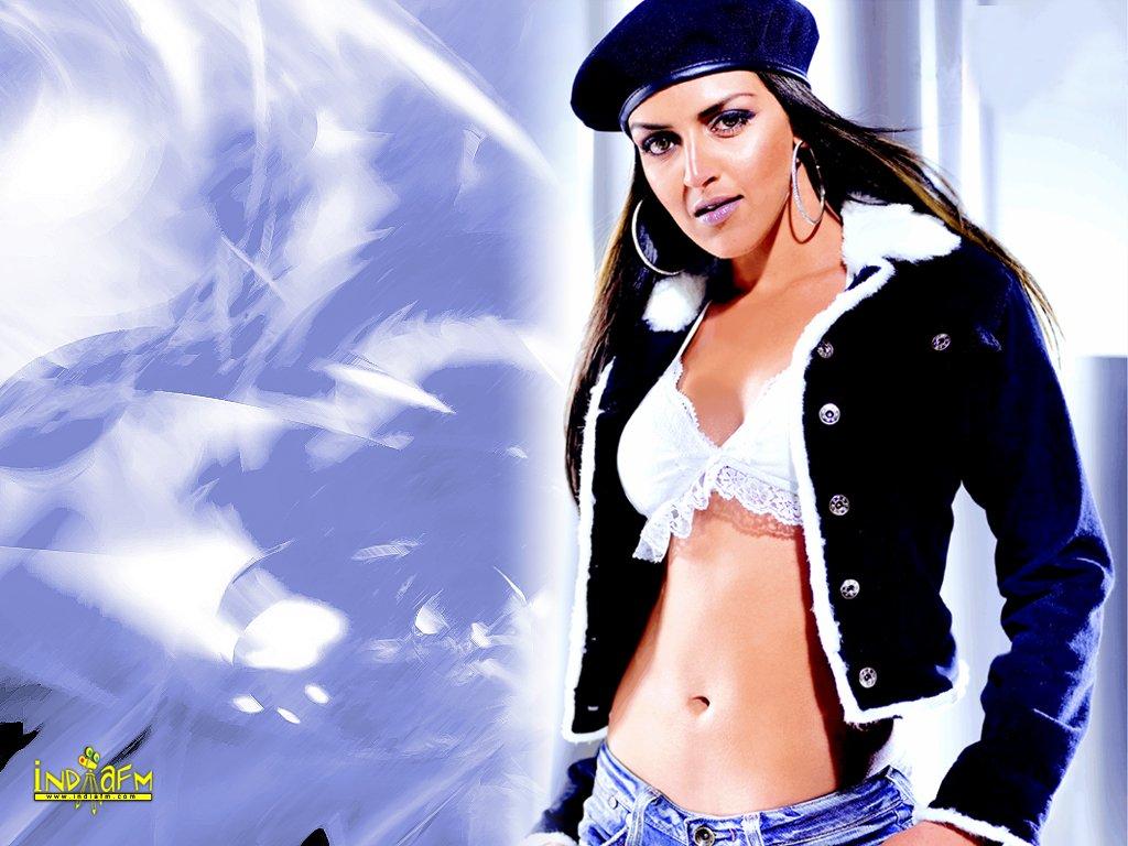 hot bollywood actress: esha deol so hot photos