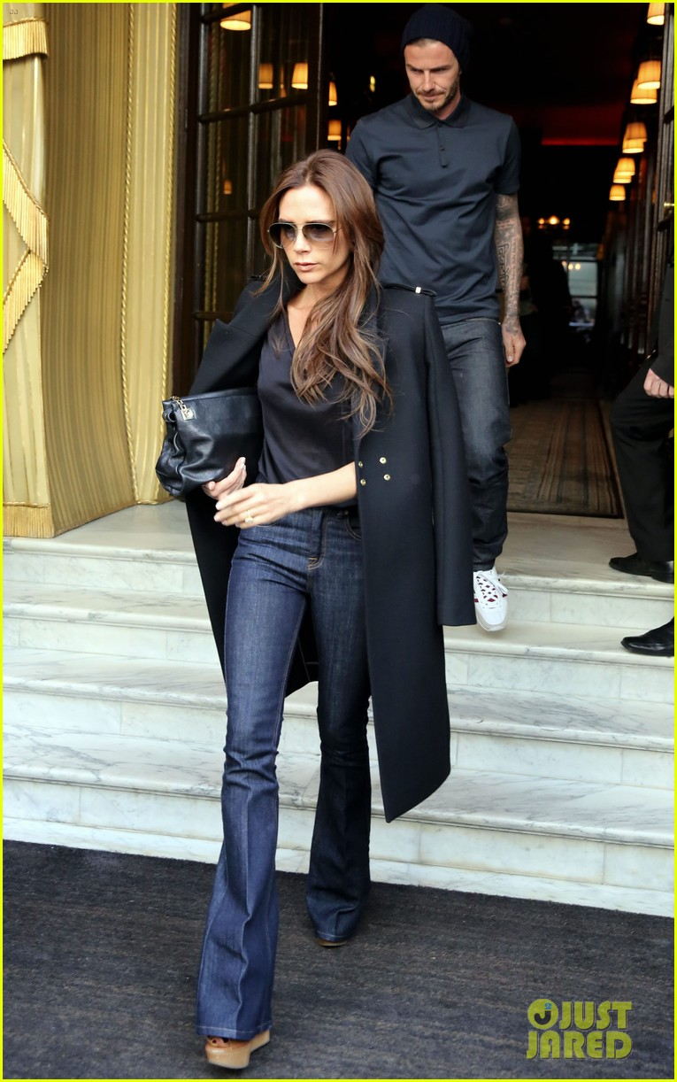 w w w victoria beckham recently her stable style. Black Bedroom Furniture Sets. Home Design Ideas