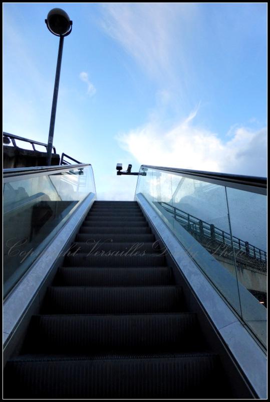 Escalator gare Chantiers Versailles