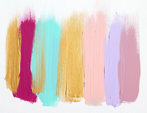 Выразительная палитра с золотым и ярко-лиловым