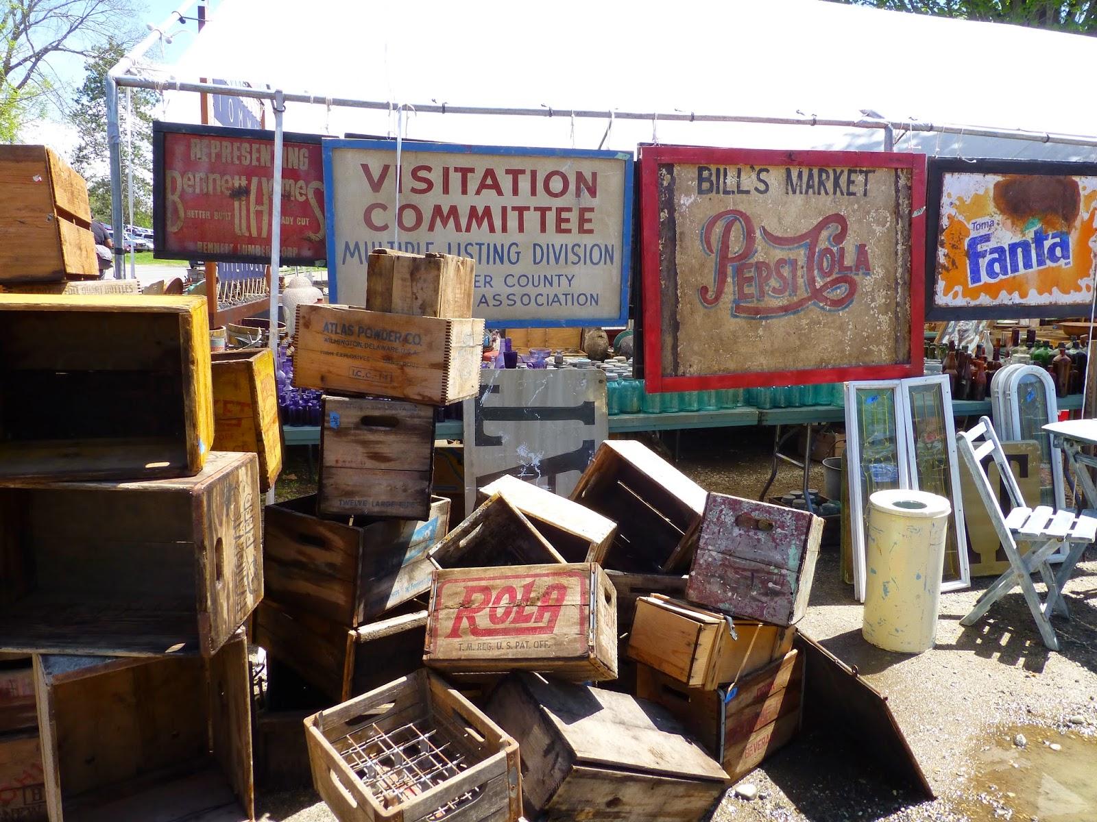 Barnwood and bangles brimfield flea market part 2 for Brimfield flea market