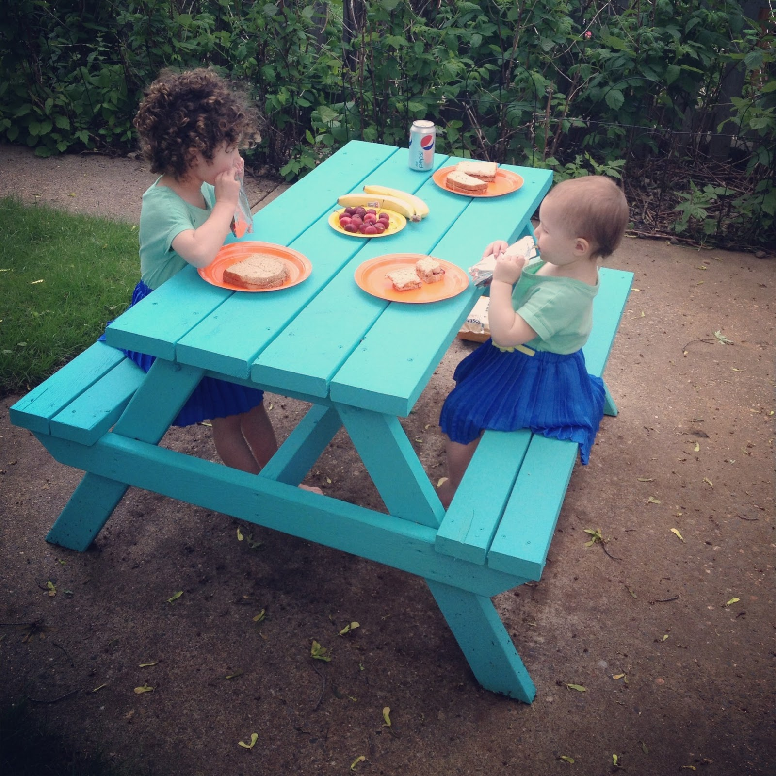 News From Alameda DIY Picnic Table For Little Ones - Teal picnic table