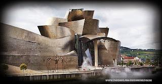 La Ria de Bilbao y museo Guggenheim