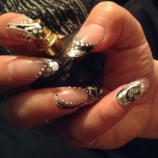 Sparkles All The Way Empower Nail Art Review