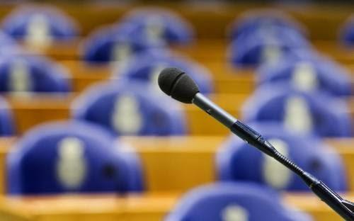 Henry Mentink spreekt over autodelen in Tweede Kamer