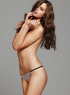 Jessica Clarke Bikini Topless Pictures