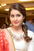 Rashi Khanna photos at Santhosam awards event-thumbnail-1