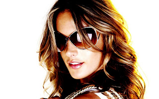 Alessandra Ambrosio Victorias Secret Modei With Sunglasses HD Wallpaper