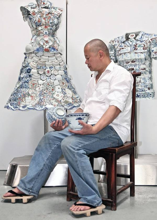 ملابس مصنوعة الخزف
