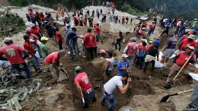 44 MUERTOS Y 350 DESAPARECIDOS POR DESLIZAMIENTO DE TIERRA EN GUATEMALA