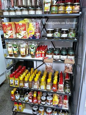 Box do Alemão: Prateleira com produtos à venda