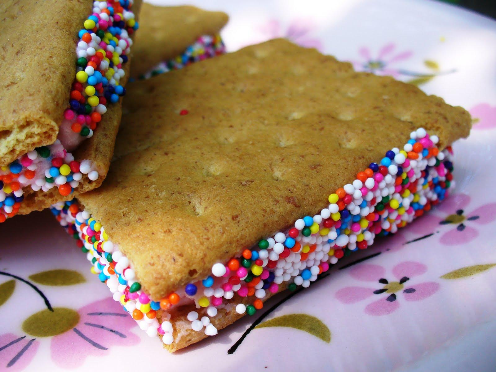 Leenee's Sweetest Delights: A Summer Treat