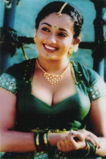 Mallu Actress Mallu Kambi Kavya Madhavan Without Saree Navel Show