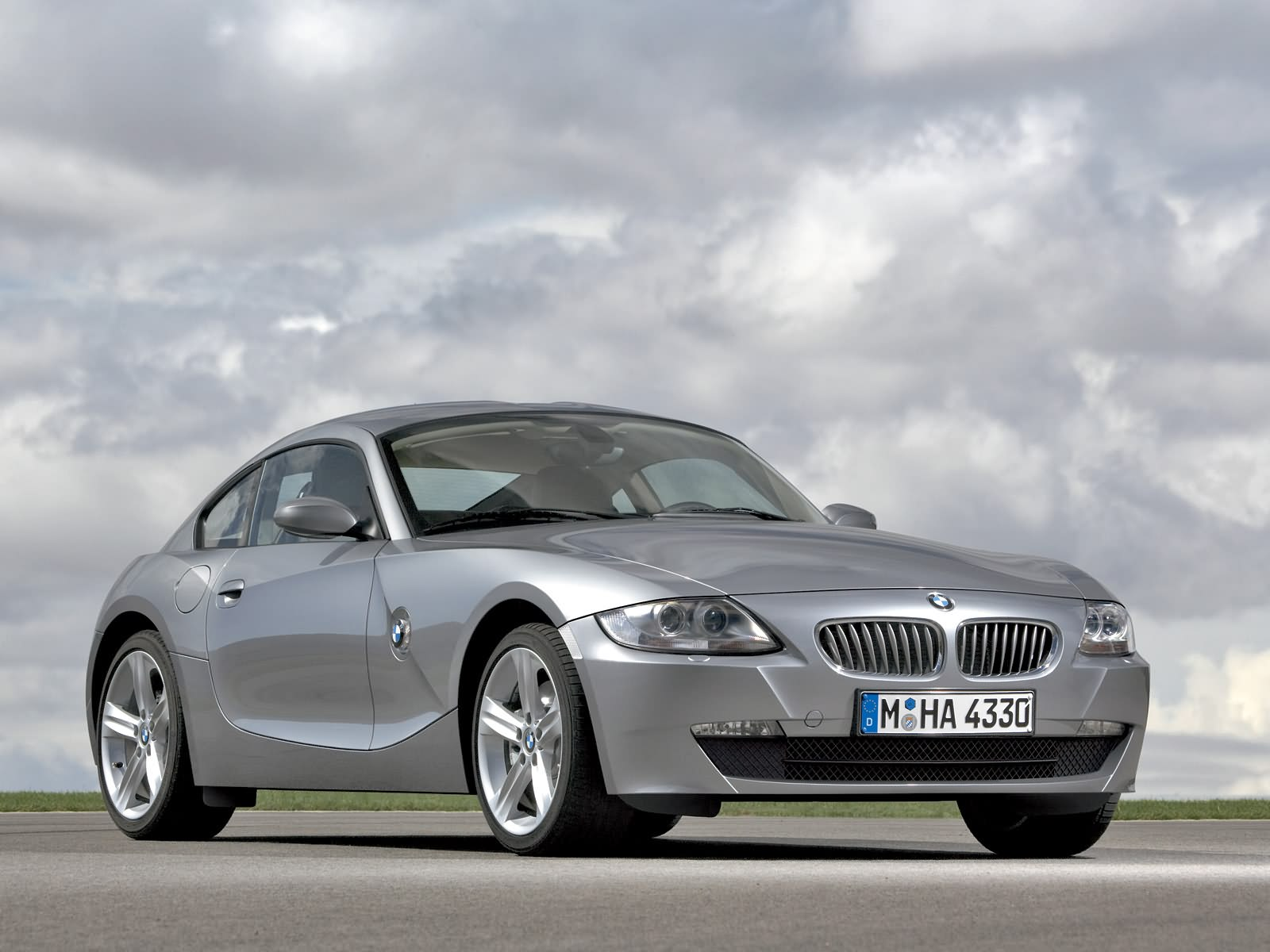 Car Automobile World: BMW Cars