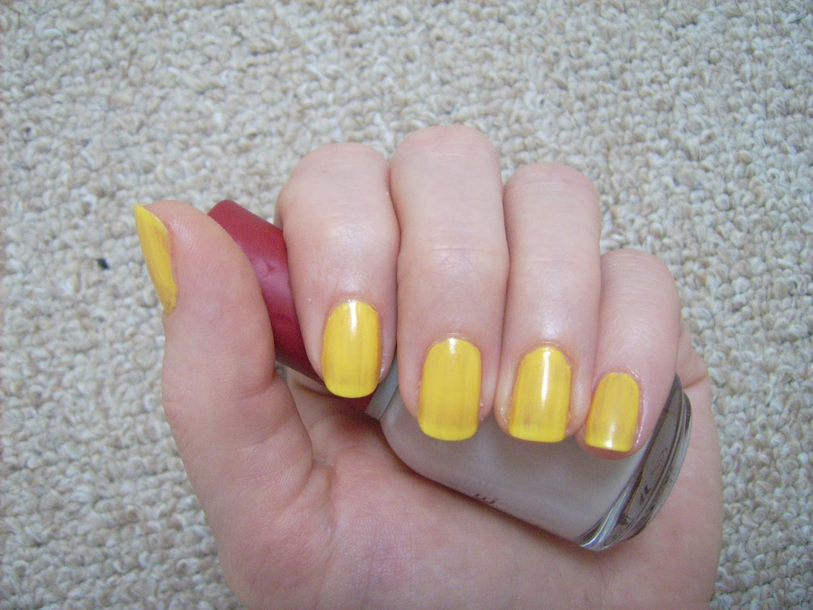 Miss Sporty QuickDry 301 nail polish