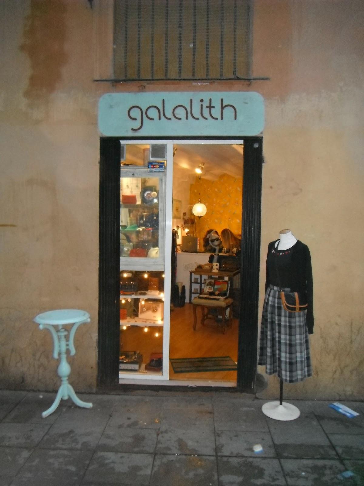 Algo más que tela: Tiendas Vintage en Barcelona. 5: Galalith