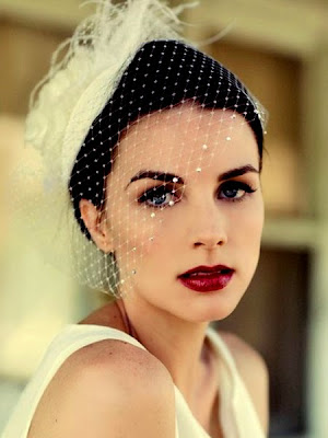 How-To-Wear-A-Red-Lip-On-Your-Wedding-Day