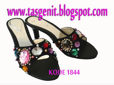 sepatu pesta terbaru, high heels, sendal pengantin