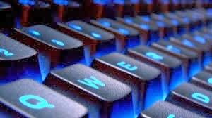 http://akhirmalielbustany.blogspot.com/2014/01/Cara-Memperbaiki-Keyboard-Laptop-Rusak-Error-dan-Tidak-Berfungsi.html