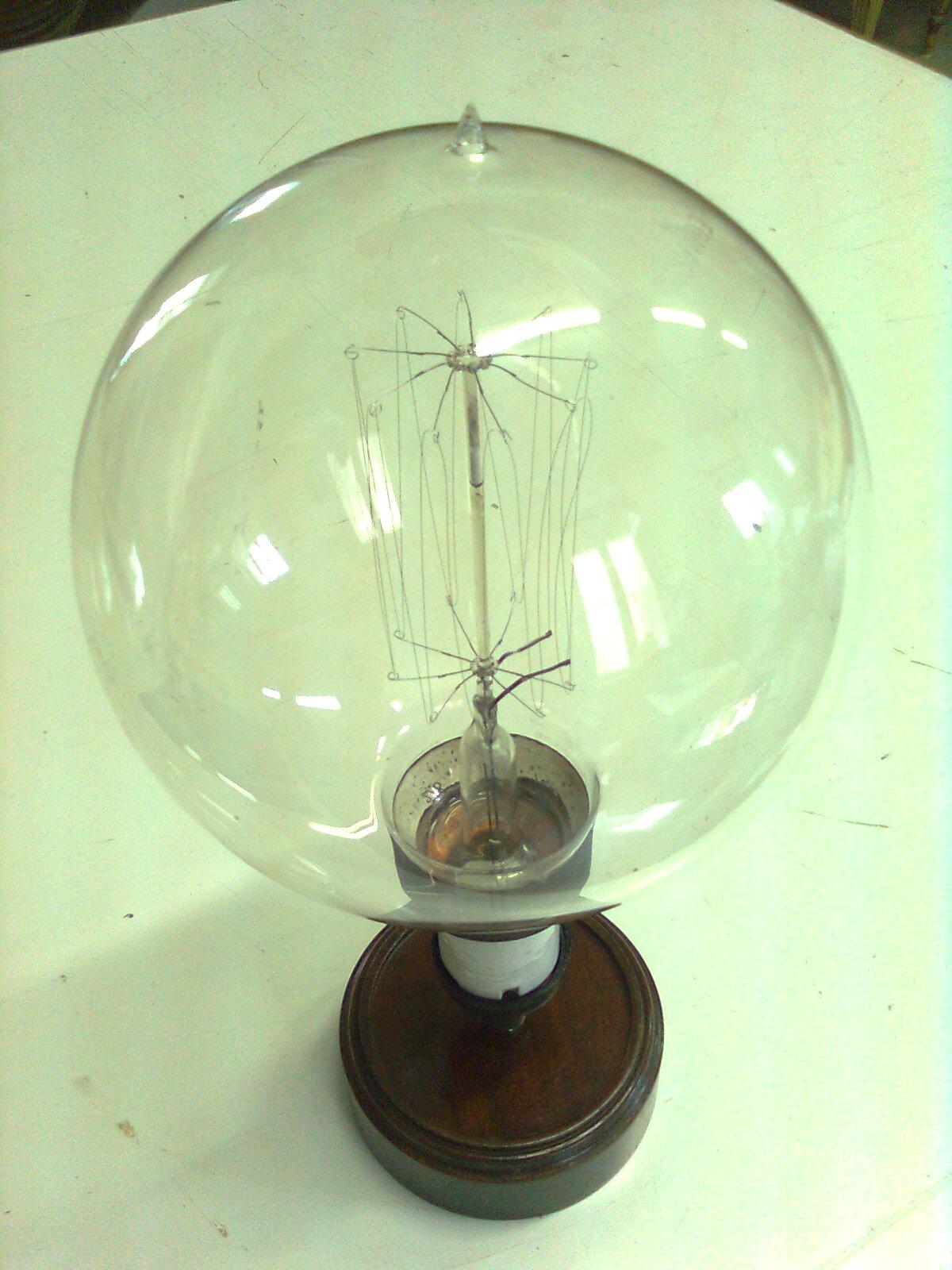 lampadina inventore : Lampadina a filamento incandescente con attacco Edison a 110V da 30cm ...