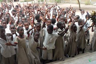 Bambini della scuola della missione di Atchanvé, Togo, Africa