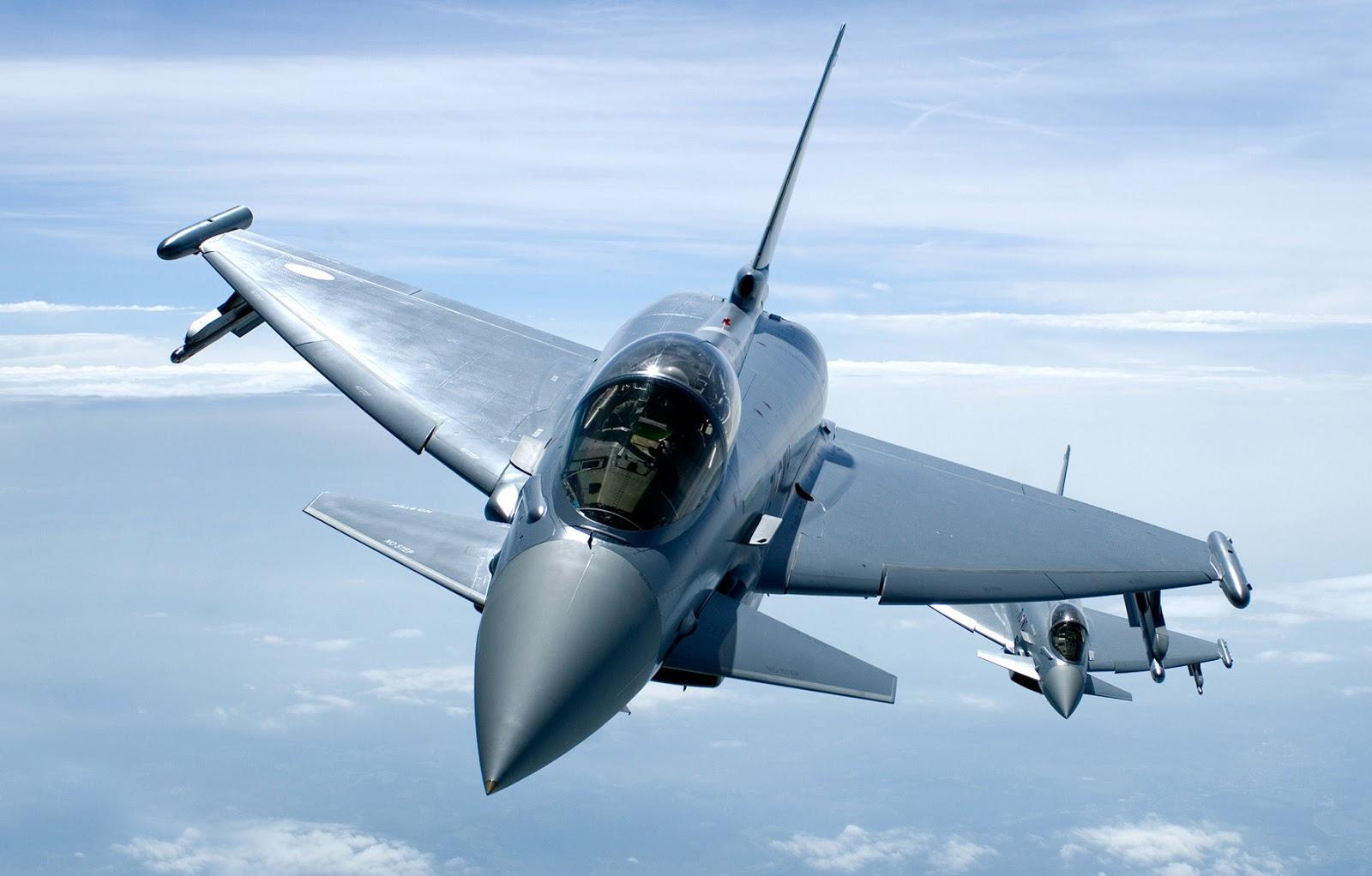 http://2.bp.blogspot.com/-TDOaWctOBAs/UZ6rJHb4WKI/AAAAAAAABkI/Dwl-FZgIK28/s1600/eurofighter_typhoon_desktop_1784x1140_wallpaper-378302.jpg