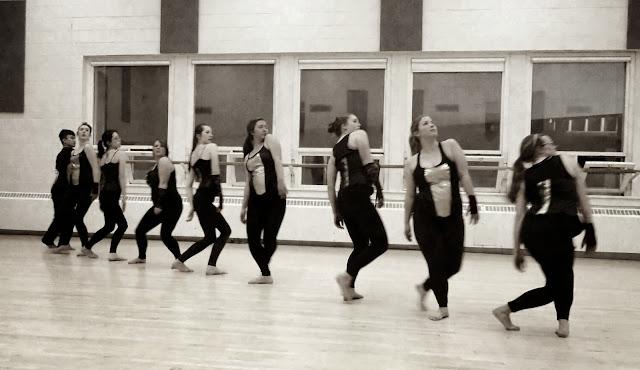 Dance Motif - Getting in Line
